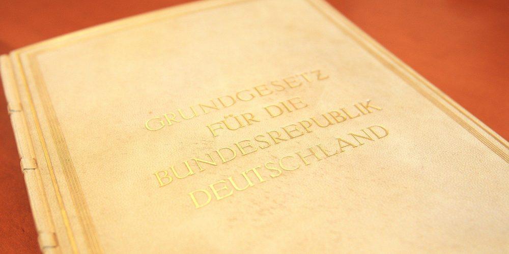 Das Original-Grundgesetz der Bundesrepublik Deutschland. Foto: Deutscher Bundestag/Sylvia Bohn.